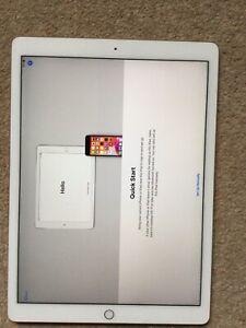Apple iPad Pro 12.9 1st Generation A1584 32GB - Read Description