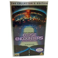 VHS Video Tape CLOSE ENCOUNTERS OF THE THIRD KIND Collectors Edition In Box 1998