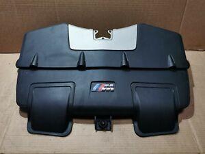 BMW X5M E70 4.4 V8 555 KM Air Filter cover panel 70359668   7589647