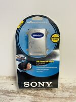SONY WALKMAN SRF-59 AM/FM STEREO RADIO WITH HEADPHONES + NEW IN CLAM SHELL/BOX