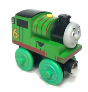 Thomas and Friends Early Engineers PERCY Magnetic Wooden 2009 Learning Curve