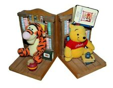 Disney Winnie the Pooh Bookends, Bookend Buddies & 2 Story Books w/ Plush Toys