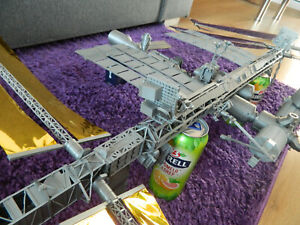 3d printed ISS 1:100 International space station 200 parts
