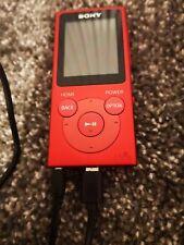 SONY Walkman NW-E394R 8 Go Lecteur MP3 avec Radio FM-Rouge