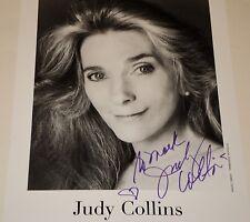 JUDY COLLINS /  8 X 10  B&W  AUTOGRAPHED  PHOTO