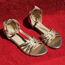 Andrea Conti Damen Sandalette Prinzessin Gold PU Leder Strass Sandale Schuhe 38