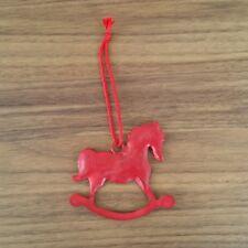 Azione CAVALLO A DONDOLO METALLO pendenteappeso Rosso circa 10 cm per