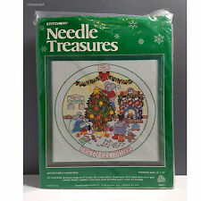 """Needle Treasures """"Mouse Family Christmas"""" Embroidery Kit #00815, Open Unworked"""