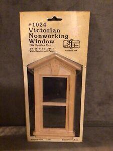 Victorian Nonworking Miniature Dollhouse Wooden Window 2 9/16 x 5 1/16
