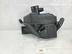 2005-2008 Cadillac STS Air Cleaner Filter Box Assembly OEM 3.6L V6 15244367