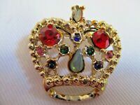VINTAGE GOLD TONE  METAL COLORFUL RHINESTONES ROYAL CROWN PIN BROOCH