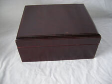 Very Nice  Cedar lined Cigar Humidor with Hygrometer