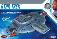 Polar Lights 952 1/1000 Star Trek Deep Space Nine: USS Defiant  PLL952