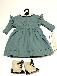 Pleasant Company American Girl KIRSTEN'S WORK DRESS, RIBBONS, BOOTS 1995