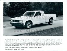 1982 Wire Photo 1983 GMC S-15 Club Coupe Extended Cab Pickup Truck