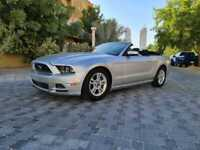Ford Mustang convertible 2013 3.7 v6 service history