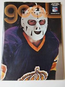 New York Rangers vs Los Angeles Kings 1974 NHL PROGRAM GOAL magazine December 15