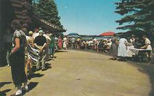 E9719 MN, Brainerd Breezy Point Lodge Buffet Postcard