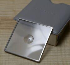 Hasselblad: schermo luminoso con microprismi al centro.