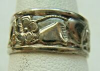 ANTIQUE STERLING SILVER RING FLORALS PIERCED DECORATION