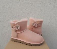 UGG PEACH MINI BAILEY PETAL BLING SUEDE/ SHEEPSKIN BOOTS, US 7/ EUR 38 ~NIB