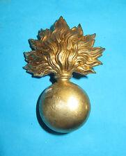 Insique elmetto ADRIAN de l'fanteria 1 er Guerre mondiale, in ottone. Lotto 2