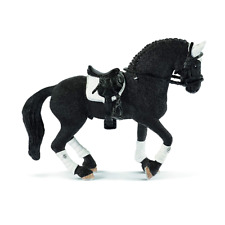 - SHL42457 - Figurine de l'univers HORSE CLUB - Étalon Frison  -
