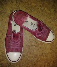 f93d0987f2bb Women s Size 8.5 Converse All Star Shoreline Slip on Sneakers in Maroon