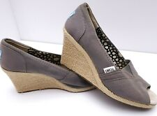 Toms Womens Calypso Wedge Heels Shoes Sz 8 Gray Canvas Peep Toe Platform S09