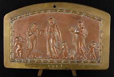 Medaille plaque époque XIX ème siècle scène à l'antique puttis angelots chérubin
