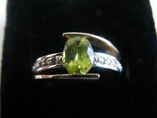 14k White Gold Green Peridot Diamond Ring