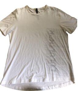 LULULEMON Mens 5 Year Basic T Shirt size XL White Gray w Lululemon of front EUC