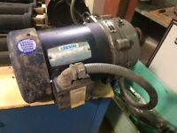 NEW LEESON GEAR MOTOR REDUCER 0.71 HP 33.50 RPM  P7173001.B1