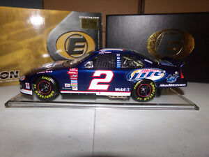 1/24 RUSTY WALLACE #2 MILLER LITE / 600TH CONSECUTIVE START ELITE 2003 ACTION