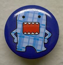 """BRAND NEW Hopping Blue Plaid Domo kun 1.25"""" Button Pin ~ Officially Licensed"""