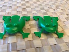 Cranium Balloon Lagoon Replacement Pieces 2 Green Frogs for Frog Pond