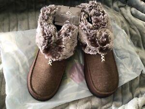 Ladies' Cozy Memory Foam Slippers Fluffy Micro Suede Faux Fur Fleece Lined Shoes