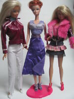 lot barbie doll clothes dresses accessories 3 outfits 3 hangers 3 shoes 1 New