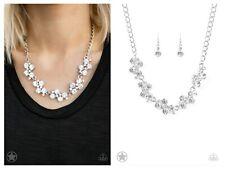 NWT! Paparazzi ~ Hollywood Hills ~ White Necklace
