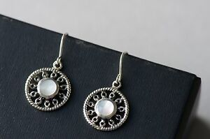 925 Sterling Silver Vinatage Style Hook Earrings With Mother of Pearl Gemstone