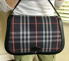 BURBERRY TRUE VINTAGE CHECK CANVAS AND LEATHER SHOULDER BAG. NAVY RED.