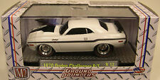 WHITE 1970 CHALLENGER R/T GROUND POUNDER M2 MACHINES 1:64 SCALE DIECAST MODEL