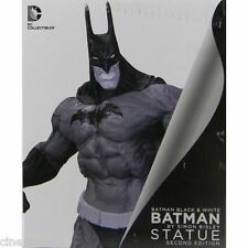 DC Batman The Dark Knight Black & White by Simon Bisley Second Edition Statue