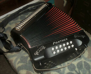 HOHNER, GERMANY PANTHER 31 BUTTON DIATONIC ACCORDION IN GCF – IN ORIG. BOX