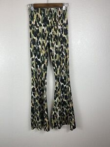 Free People Movement x Onzie Bell Pants Flare Yoga Strokes SIze S/M