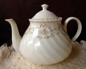 """WEDGEWOOD NEW COMPLETE TEA SET """"OPHELIA"""" 24 PIECES 13 PLATES, 6 CUPS, TEAPOT++"""