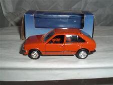Gama Alemania Opel Kadett limusina 5 Puertas Con Opel Corsa Caja Escala 1/43