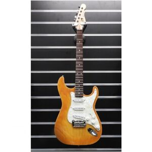 G&L Legacy Honeyburst Electric Guitar USA Made - with Hard Case