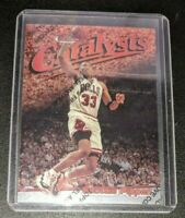 Scottie Pippen Catalysts Insert 1997-98 Topps Finest Chicago Bulls