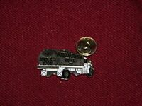 VINTAGE PIN PINBACK 1994 FARM FRESH MILK SARATOGA SPRINGS NY MILK TRUCK